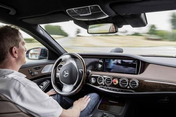 Những chiếc xe tự lái không chỉ còn xuất hiện trong những bộ phim khoa học viễn tưởng.