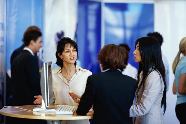 Làm thế nào để khai thác lợi ích từ khách hàng trung thành?