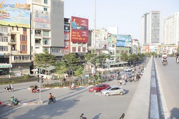 Pano quảng cáo ở Hà Nội