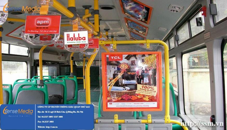 quang-cao-banner-trong-xe-bus