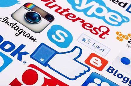 Kết nối website và mạng xã hội làm marketing