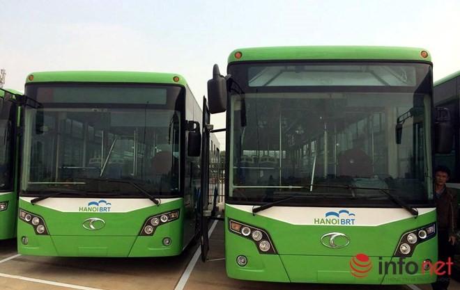 Ngắm dàn xe buýt nhanh hiện đại nhất Thủ đô chờ ngày lăn bánh