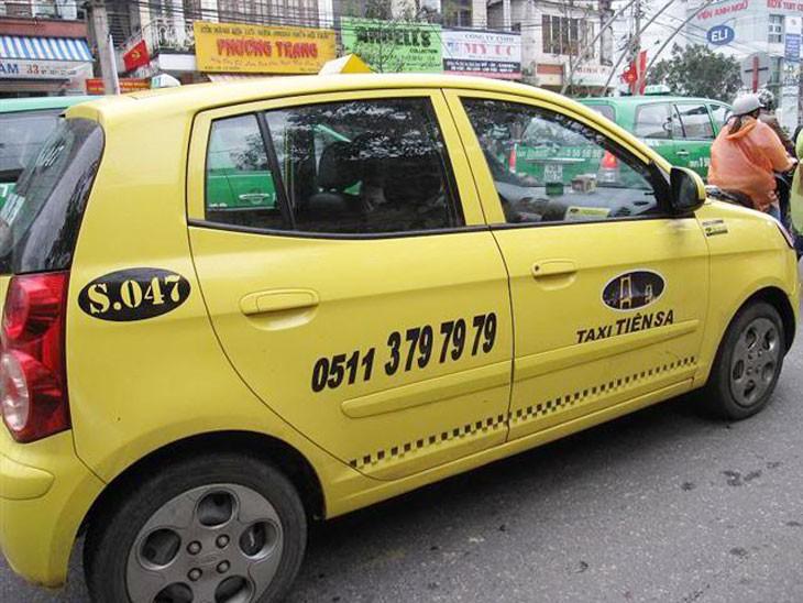 quang-cao-taxi-tien-sa-1
