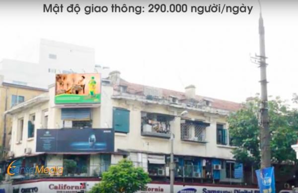 Pano quảng cáo có tầm nhìn 1000m giữa trung tâm Hà Nội