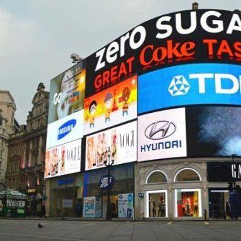 vị trí quảng cáo ngoài trời đắt giá nhất trên thế giới