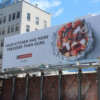 Bạn có biết vì sao giá biển quảng cáo ngoài trời lại cao không?