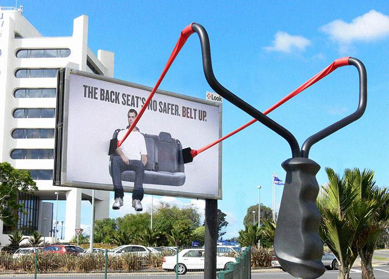 biển quảng cáo tấm lớn ấn tượng