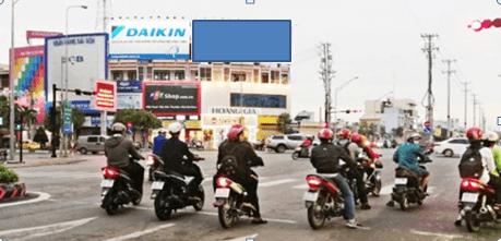 Pano quảng cáo tại số 68 Hùng Vương, Long An