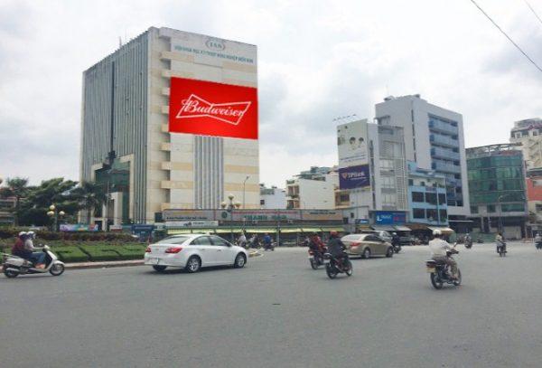 Pano quảng cáo tại vòng xoay Điện Biên Phủ, Quận 1, TPHCM