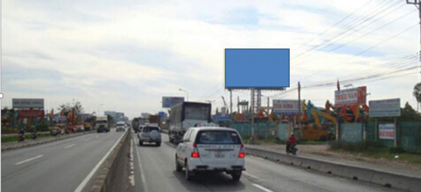 Billboard quảng cáo tại 80C Xa Lộ Hà Nội, Bình Dương
