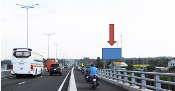 Billboard quảng cáo tại cầu Vàm Cống, Thốt Nốt, Cần Thơ (CVC 5)