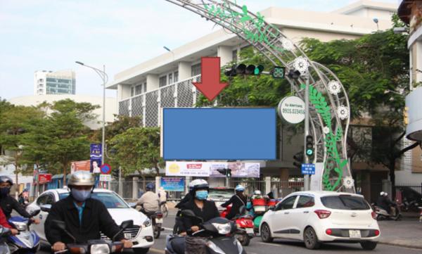 Pano quảng cáo tại Ngã tư Lê Duẩn – Nguyễn Chí Thanh