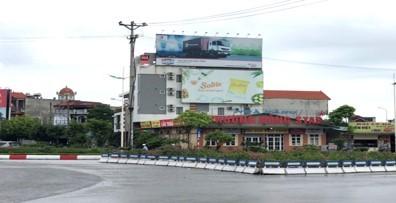 Pano quảng cáo tại Ngã ba đường 10, TP.Uông Bí, Quảng Ninh