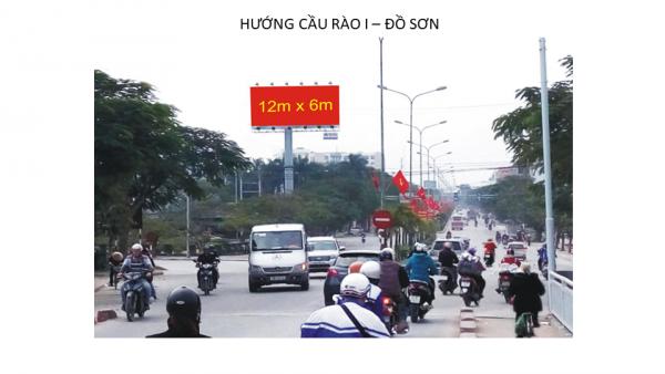 Billboard tại Ngã ba Phạm Văn Đồng - Mạc Quyết, Hải Phòng