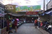 Biển quảng cáo tại Chợ Bình Chuẩn, Bình Dương