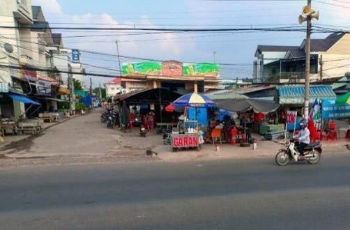 Biển quảng cáo Chợ Cẩm Giang, Tây Ninh