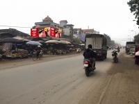 Biển quảng cáo chợ Đông Phương Yên, Chương Mỹ, Hà Nội