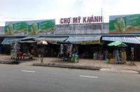 Biển quảng cáo tại Chợ Mỹ Khánh, Cần Thơ
