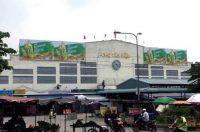 Biển quảng cáo tại Chợ Tân Hiệp, Biên Hòa, Đồng Nai