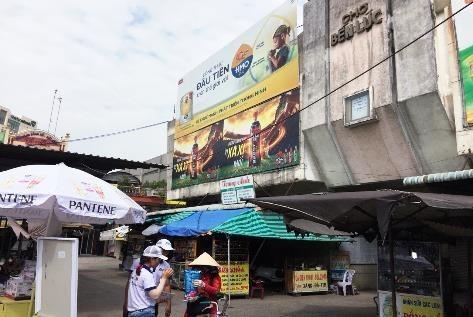 Biển quảng cáo Chợ Bến Lức, Long An
