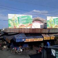 Biển quảng cáo tại Chợ Cần Giuộc, Long An