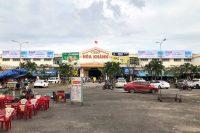 Biển quảng cáo tại chợ Hoà Khánh – Đà Nẵng