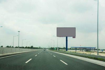 Billboard quảng cáo tại Km24+400 cao tốc Hà Nội – Hải Phòng