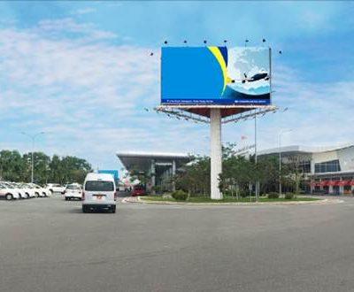 Billboard tại lối ra nhà ga (cr-op15) sân bay Cam Ranh, Khánh Hòa