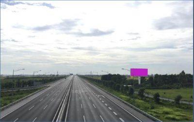 Billboard tại Km49+450 trên cao tốc Hà Nội – Hải Phòng